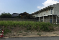 穂波東小中学校(約2.1km,徒歩約27分) 飯塚駅(約550m,徒歩約7分) 忠隈二区バス停(約550m,徒歩約7分) ※建築条件付